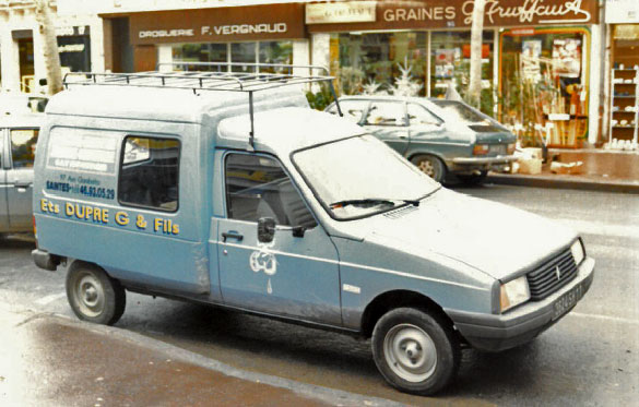 Histoire de l'entreprise Dupré : véhicule d'époque